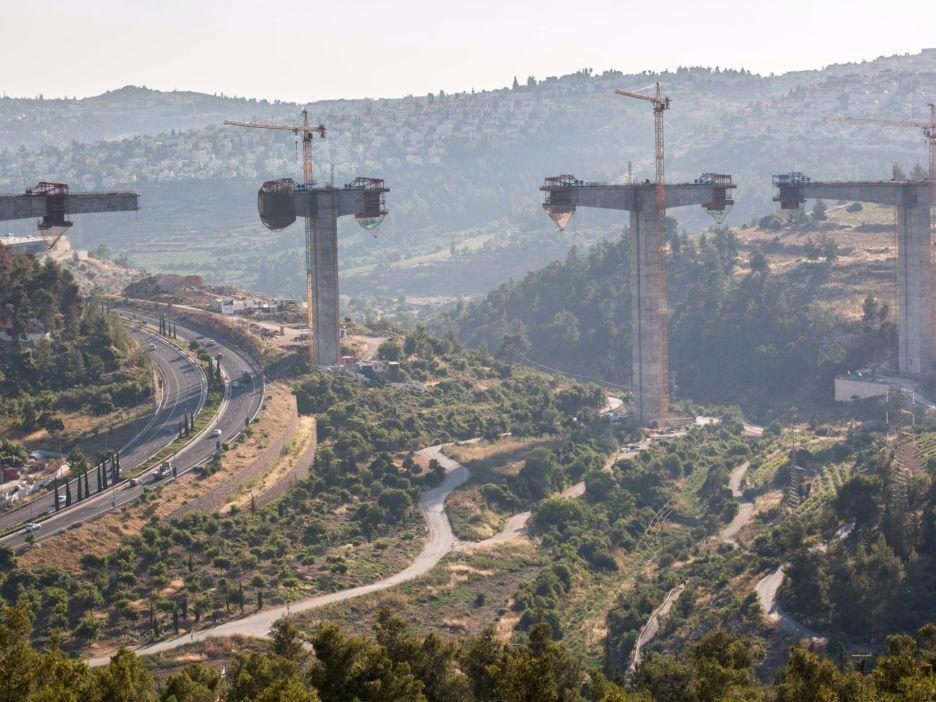 ירושלים היא גם ככה עיר ענייה, ולא צריכה עוד שכונות לעשירים בלבד שייבנו מחוץ לעיר […]